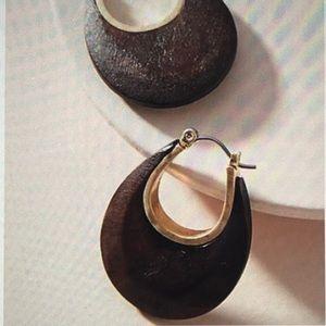Anthropologie brown, wooden hoop earrings